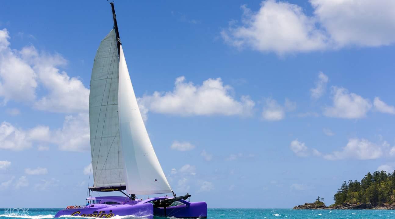 卡米拉號帆船