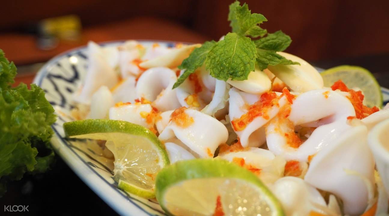 Squid with Lime and Chilli at Noi Kwa Roi Bar & Restaurant in Bangkok