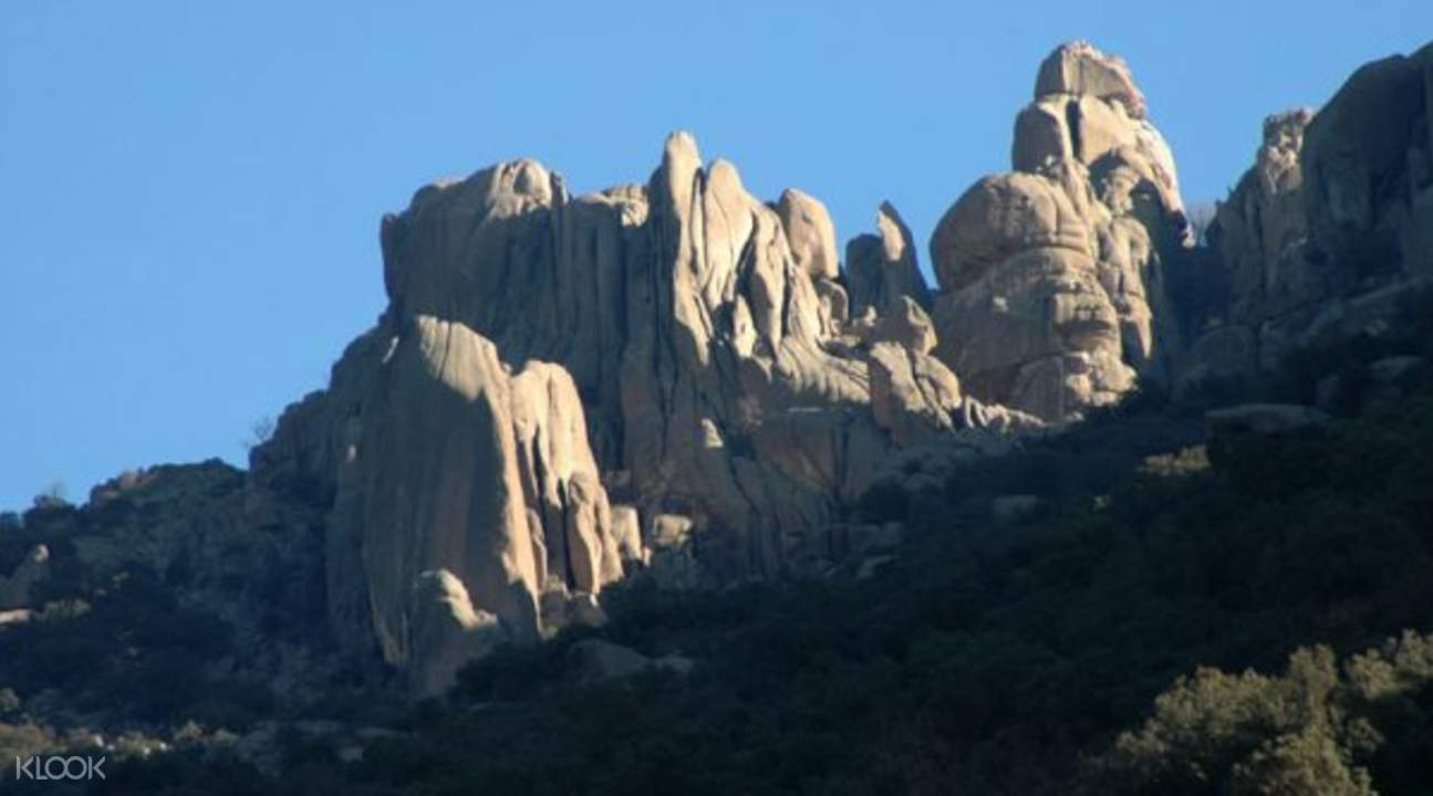 hiking tours near madrid