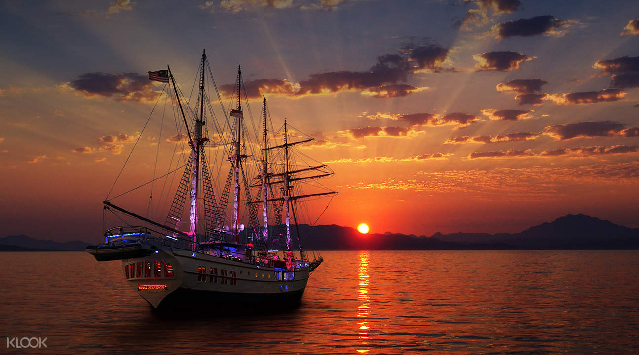 Embark On One Of The Best Sunset Cruises Available In Singapore, The Royal  Albatross Sunset Sail