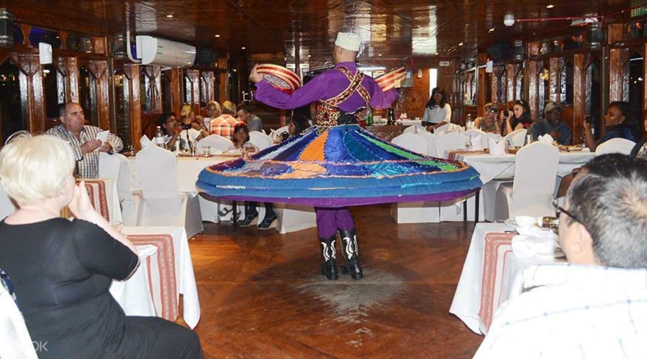 buffet at Dubai dhow dinner cruise