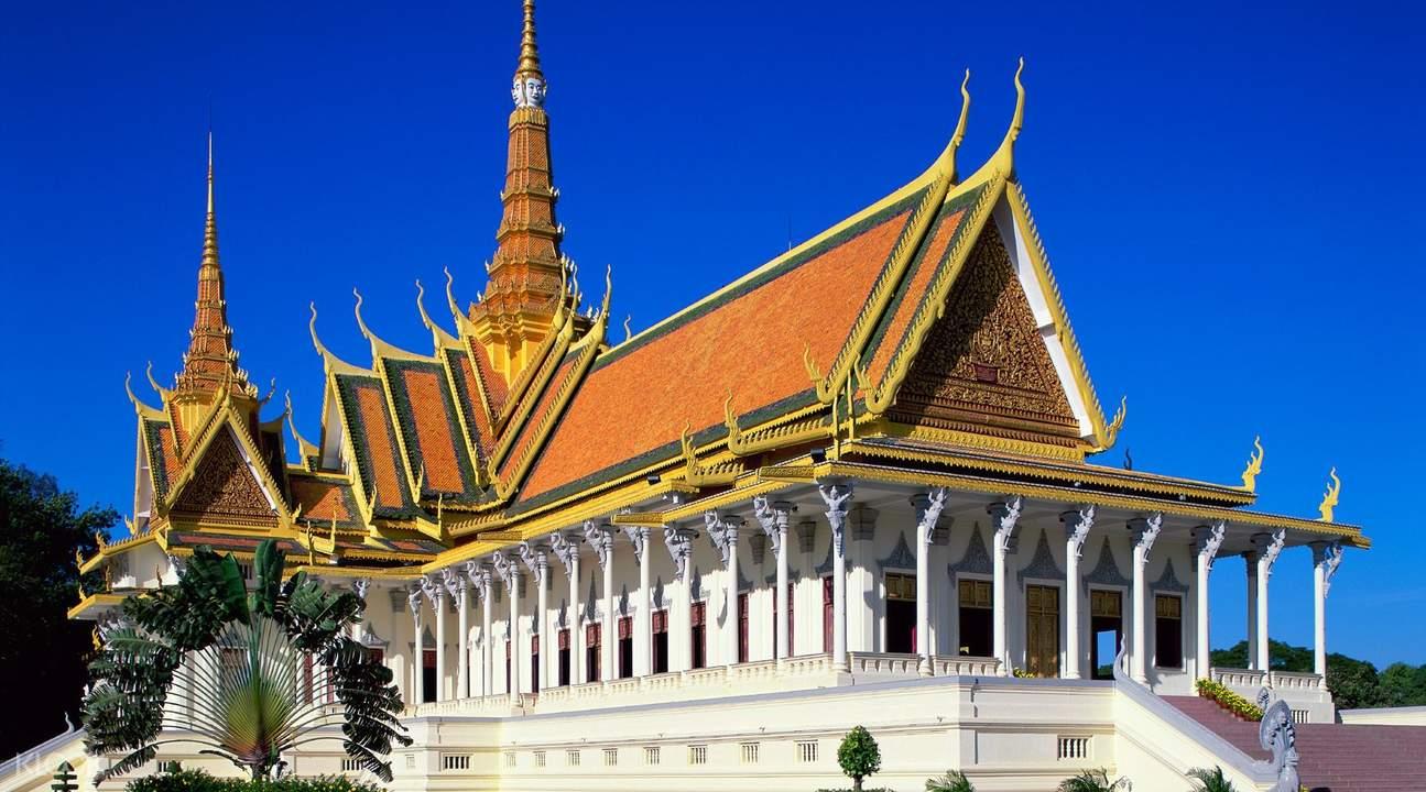 Phnom Penh Half Day City Trip with Shared Van