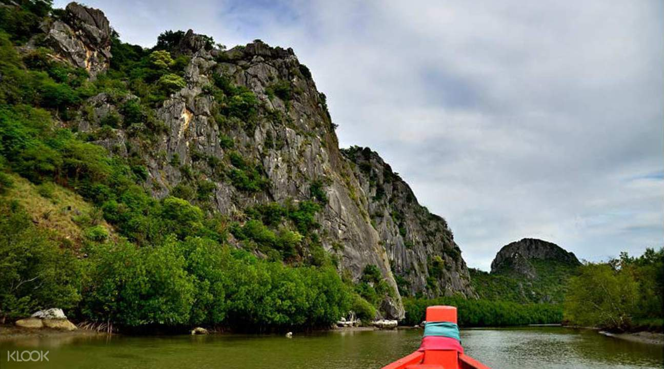 boating at khao sam roi national park