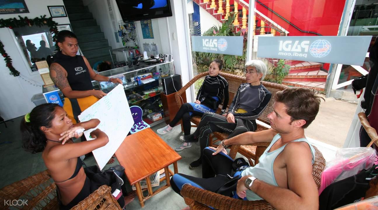 beginner scuba diving boracay