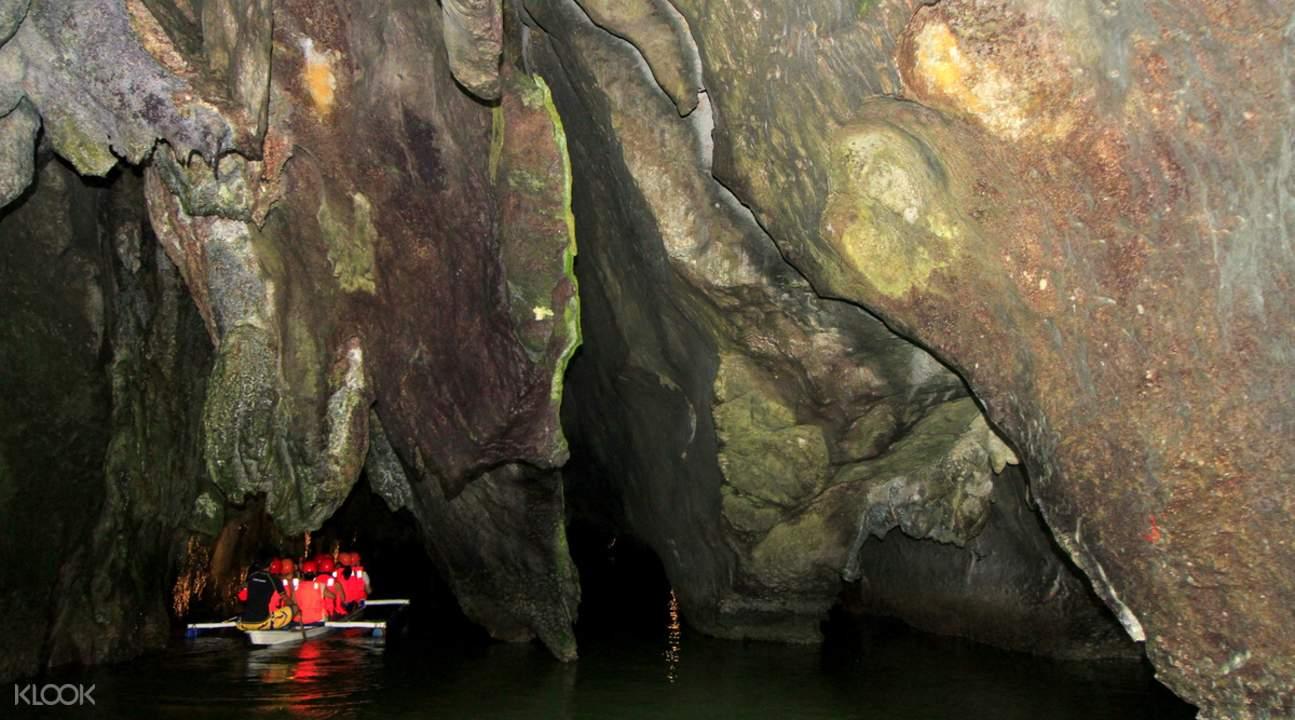 菲律宾普林塞萨港地下河