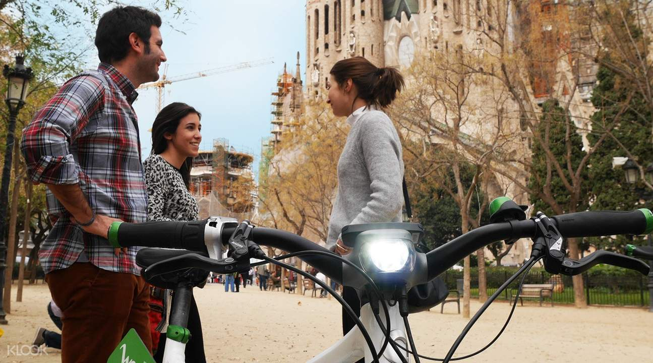 巴塞罗那360º体验,巴塞罗那电动自行车,巴塞罗那游船,巴塞罗那高迪建筑,蒙特惠奇城堡,蒙特惠奇山