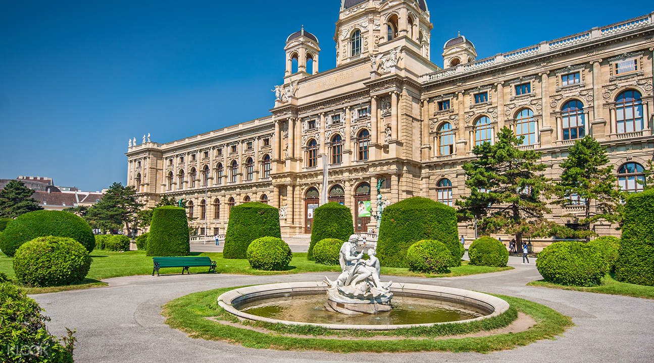 city tour and schonbrunn vienna