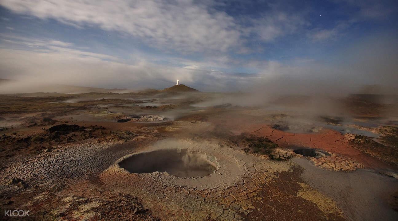 雷克雅尼斯島熔岩海岸一日遊