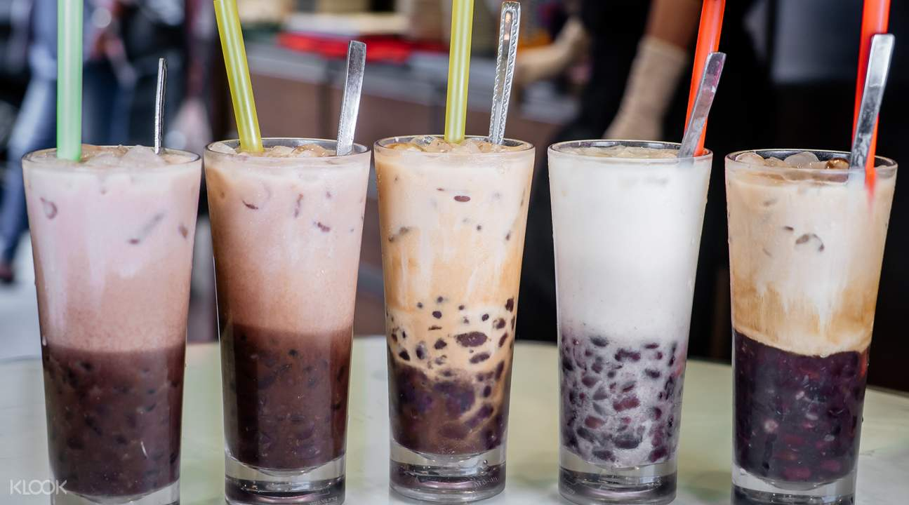 iced red bean with coconut milk