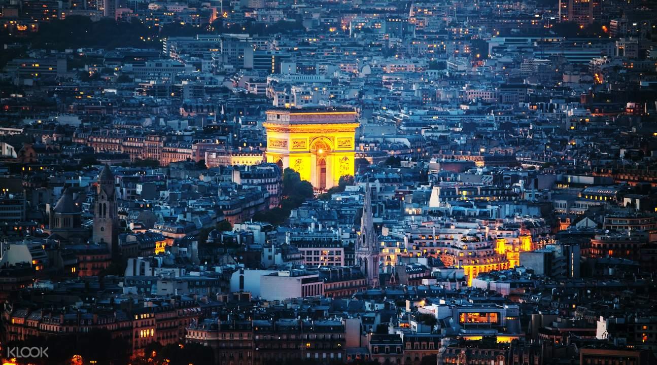 巴黎凱旋門登頂