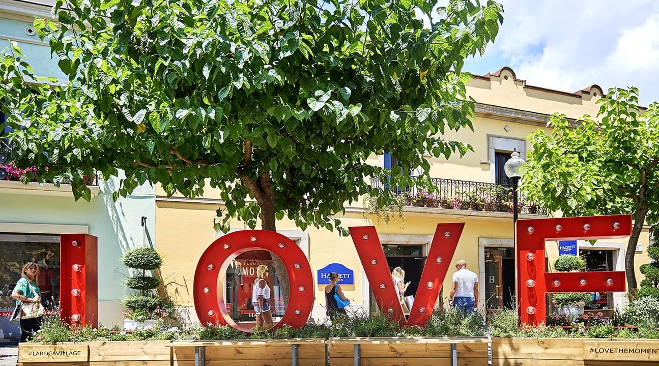 edf596b4c675e La Roca Village Shopping Express in Barcelona, Spain - Klook