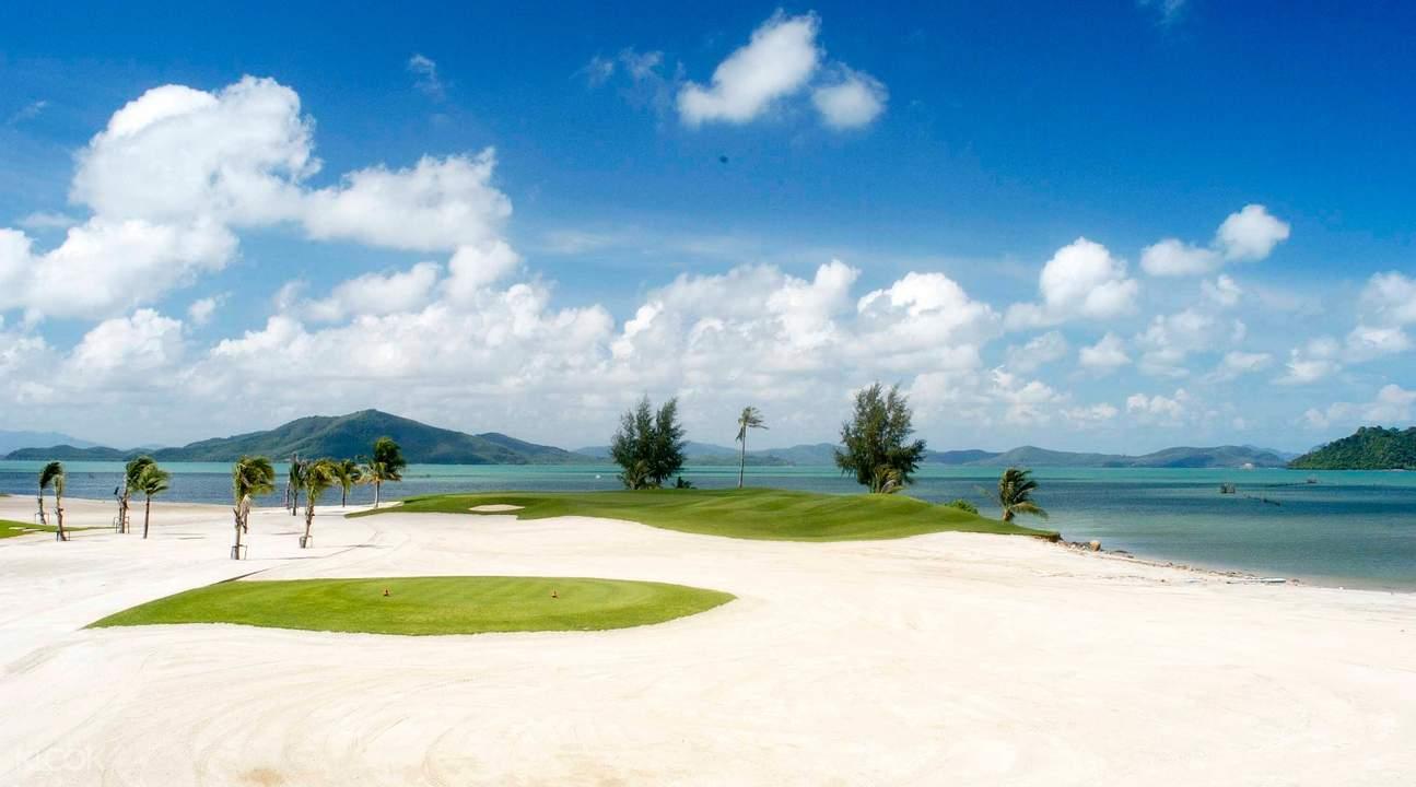 beach golf resort