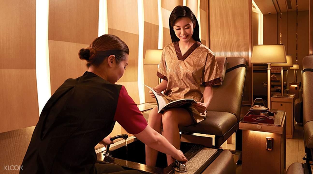 spa experience foot hub