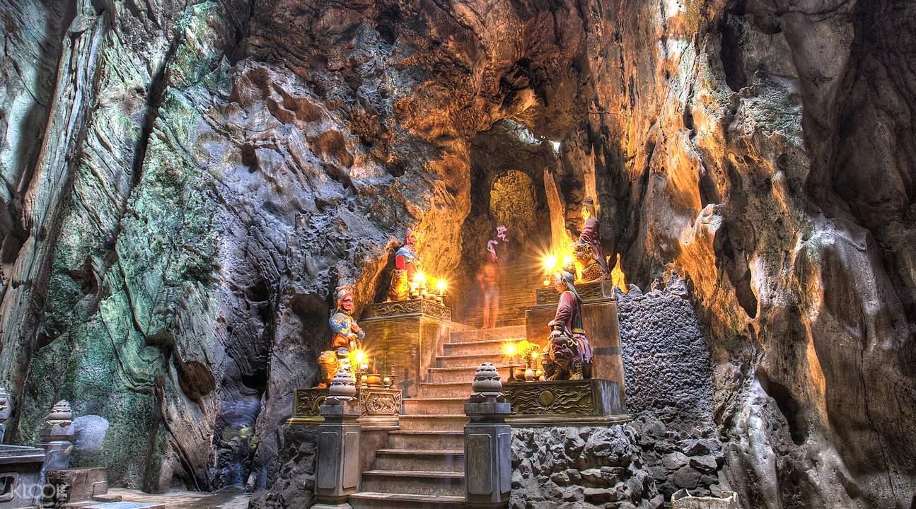 Huyen Khong Cave