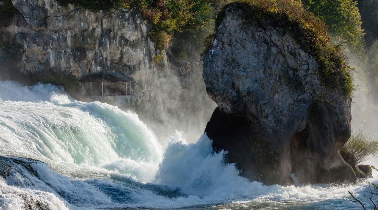 莱茵瀑布半日游