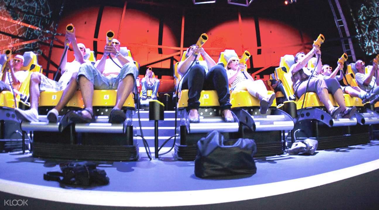 深圳歡樂谷颶風要塞7D互動劇場
