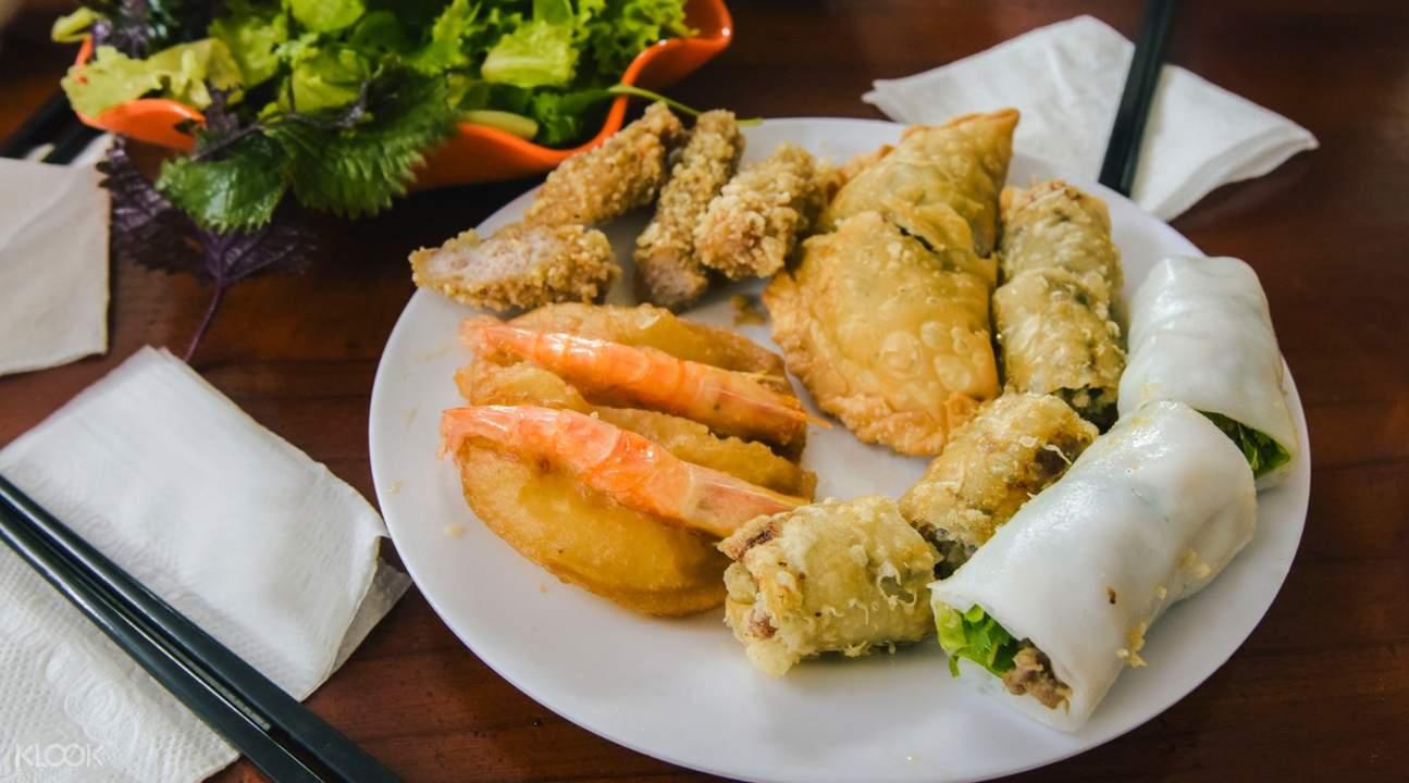Vietnam food tours