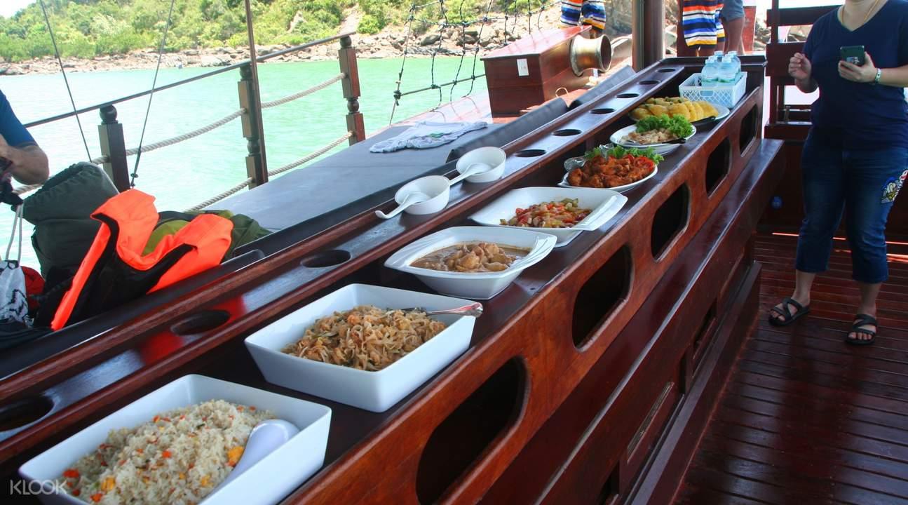 ratee petra cruise thailand