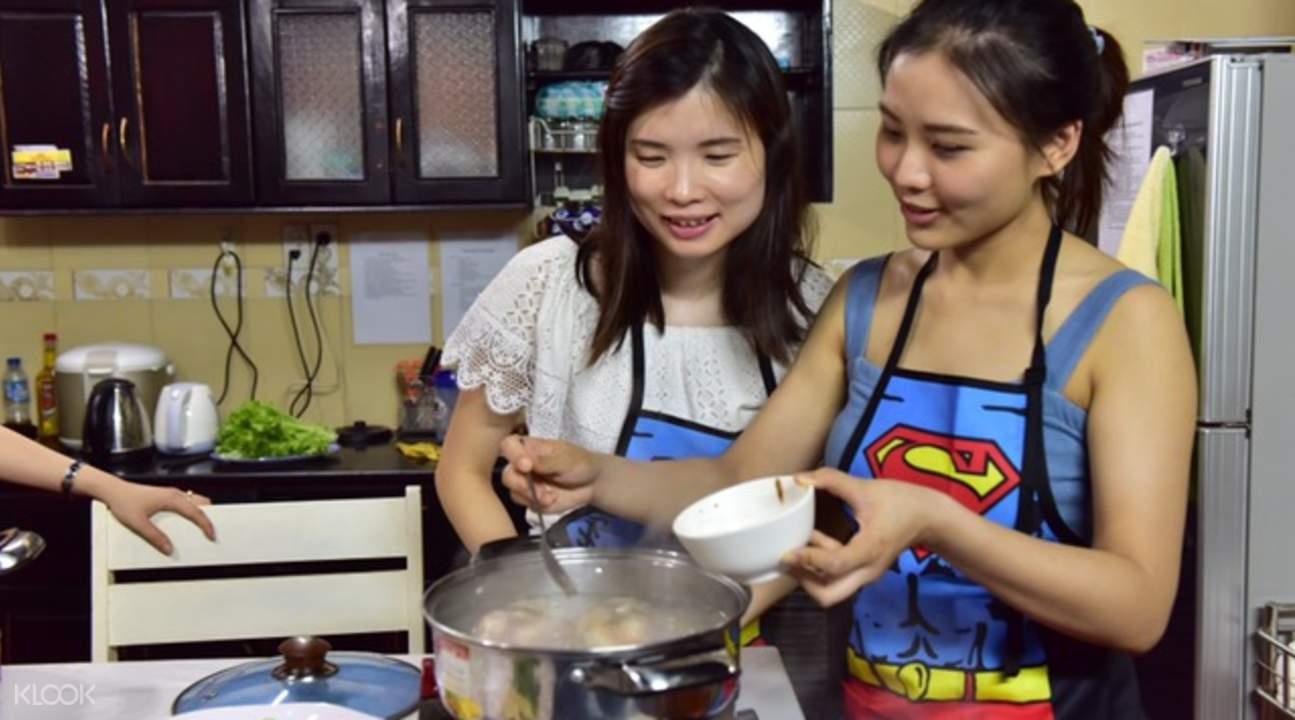 峴港家庭烹飪班