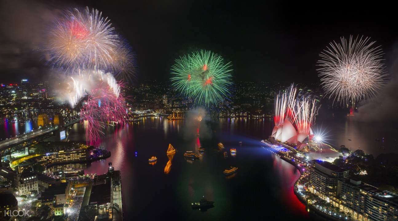 悉尼港跨年烟花游船