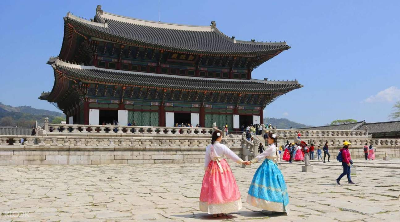 seoul day tour, gyeongbokgung palace tour, hanbok rental in seoul