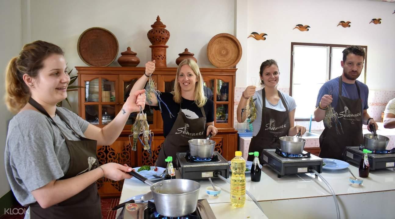 Thai cuisine Suwannee Thai Cooking Class with Market Tour