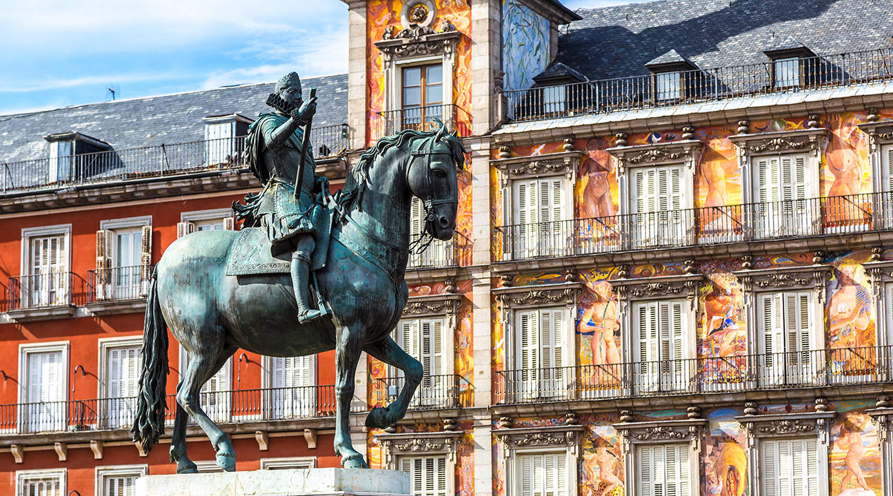 madrid city guided bus tour