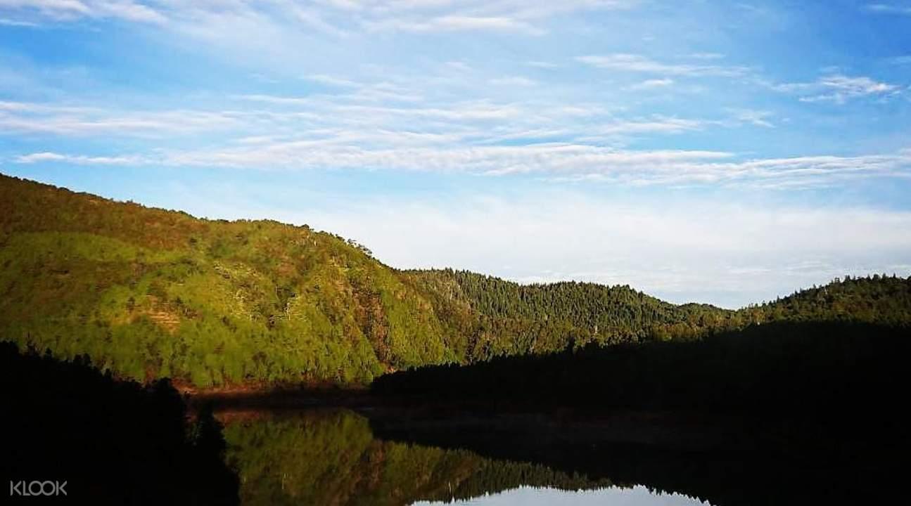 Cueifong Lake first sunrise