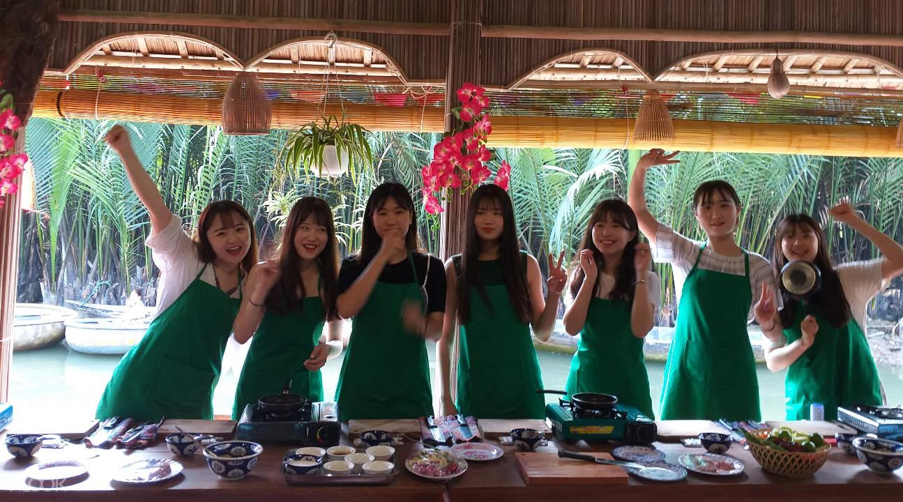 women enjoying a Vietnamese cooking class