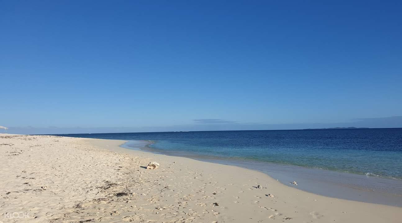 beach in siargao