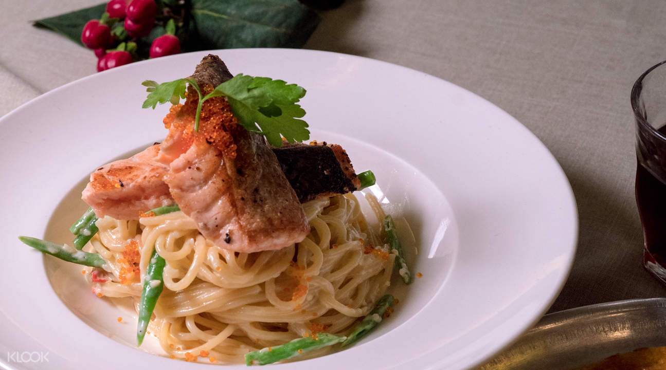 Grilled Salmon Pasta 新加坡多美歌 The Assembly Ground