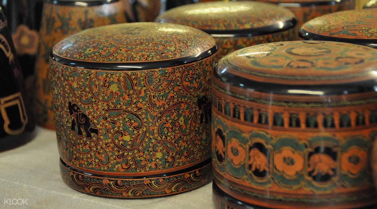lacquerware workshop class in bagan