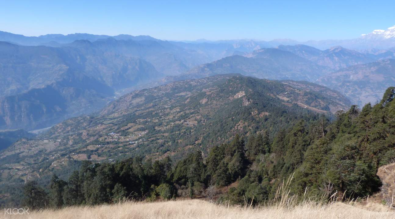 mountain views from Ghorepani Poon Hill Trek