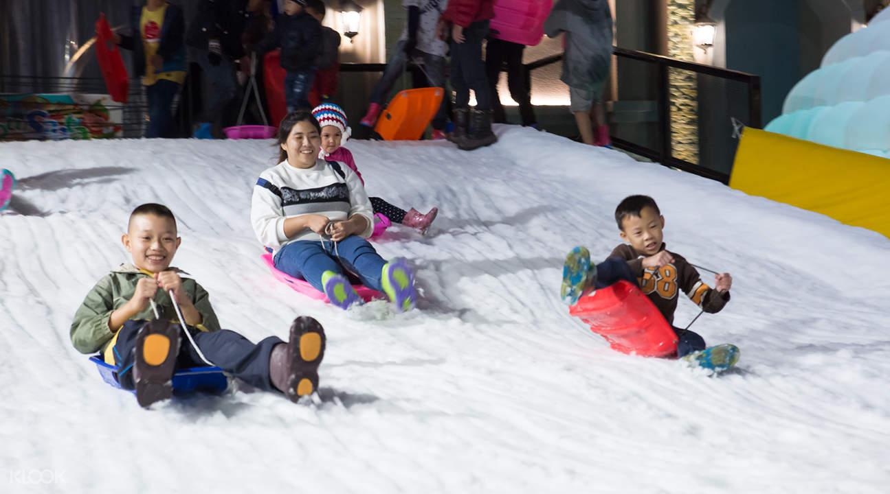 曼谷飄雪樂園