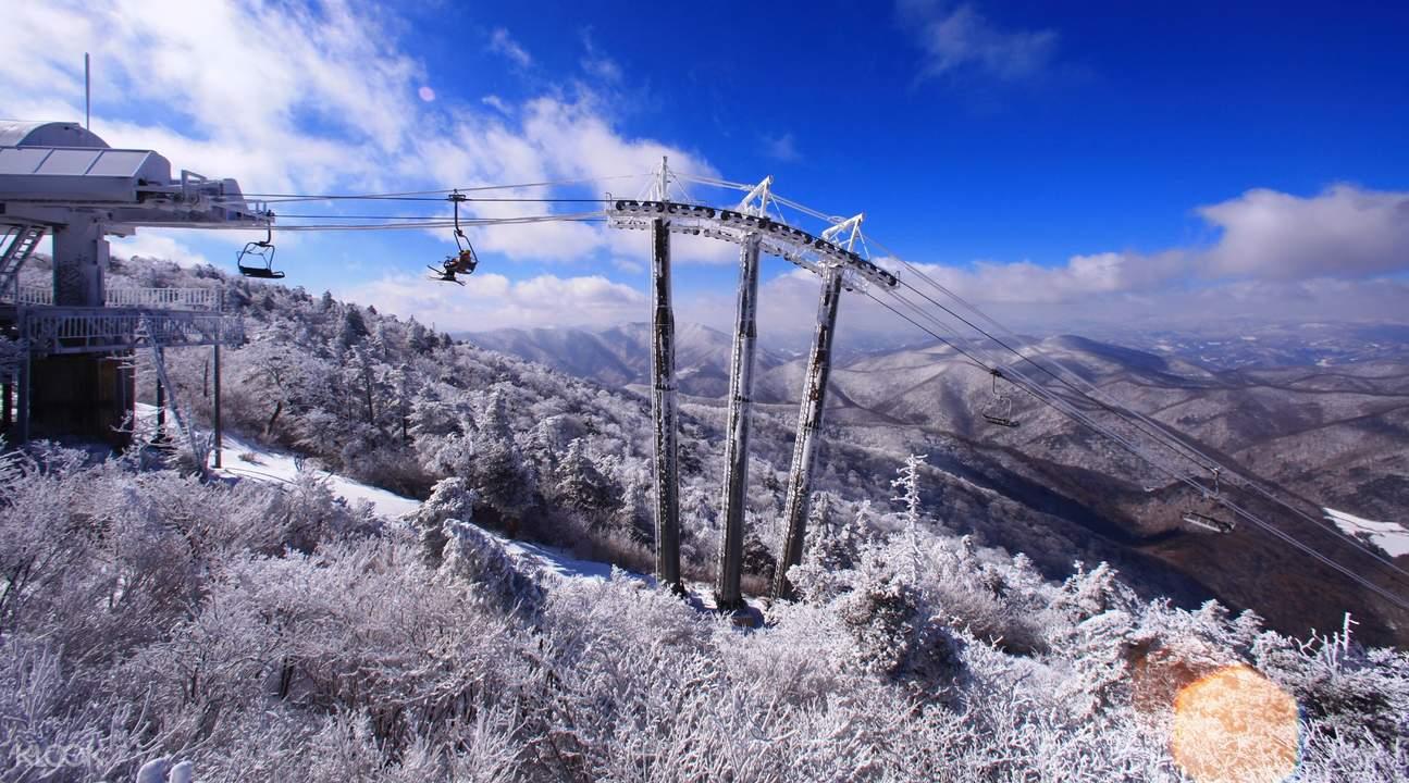 ski resorts shuttle bus transfers