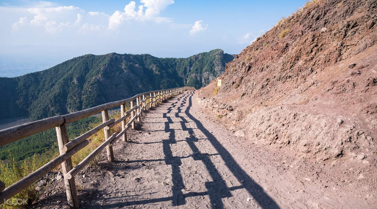 龐貝古城 & 維蘇威火山一日遊