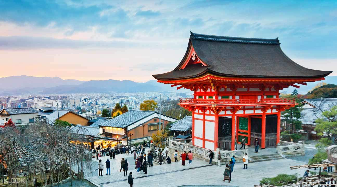 Kyoto Backstreet Cycling