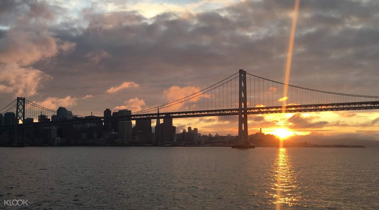pelayaran bridge to bridge