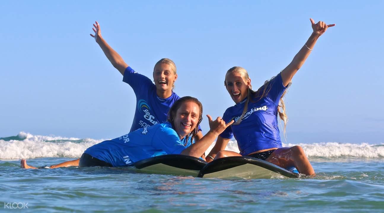Byron Bay surf lesson