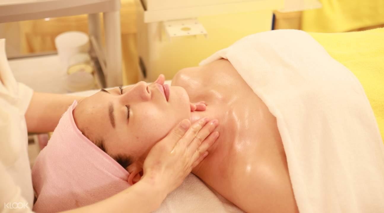 lymphatic massage