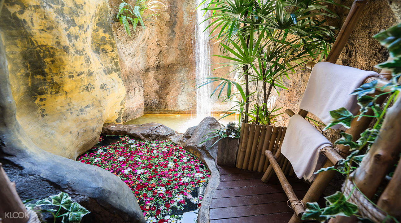 natural bath Cave Rai Ra Spa koh samui thailand