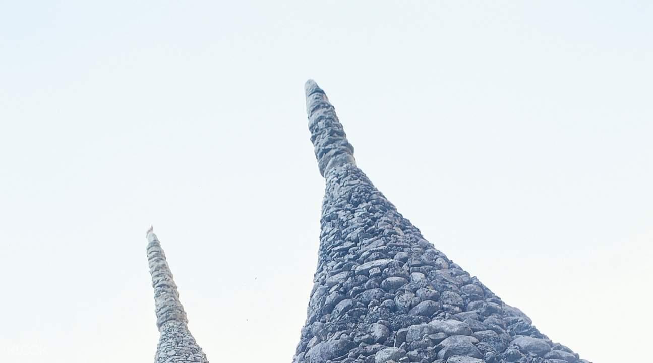 stone pagodas of tapsa temple mount Deogyusan
