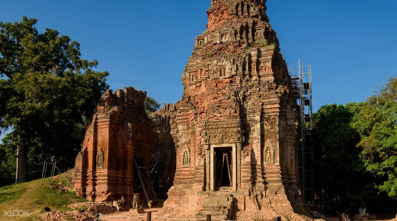 lolei temple roluos temples private day tour by tuk tuk siem reap
