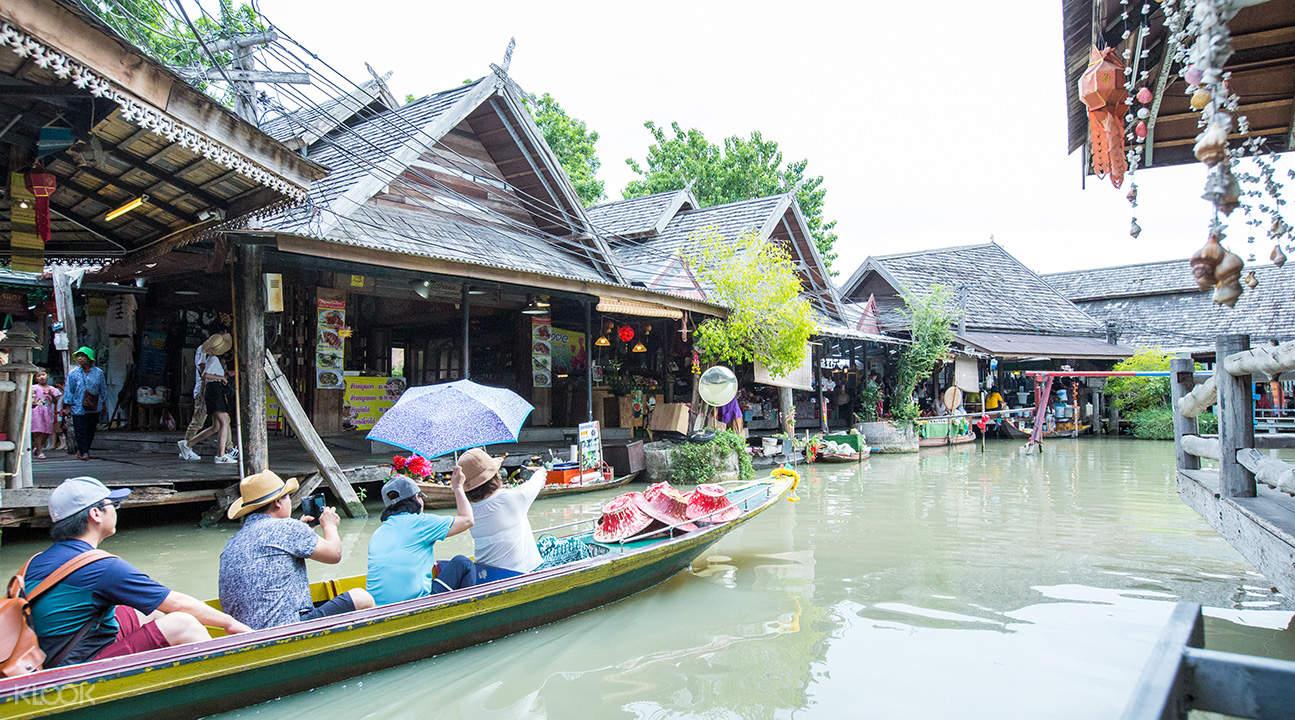 amphibious boat pattaya floating market