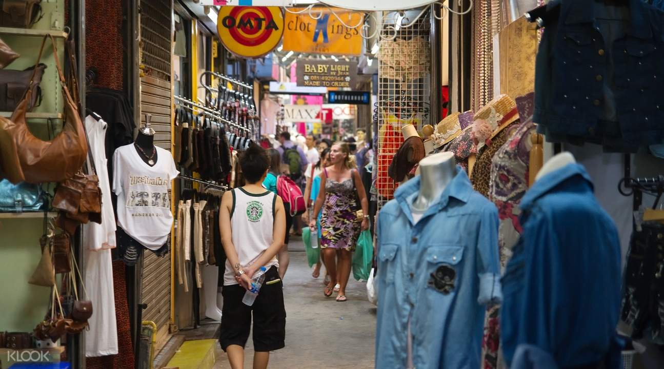 shopping kolkata india