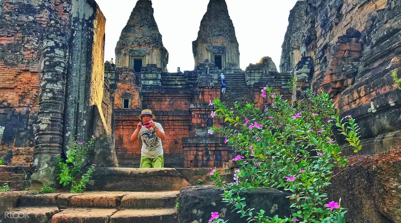 pre rup temple angkor temples grand circuit tour by tuk tuk siem reap cambodia