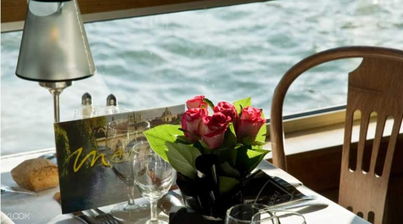 seine lunch cruise