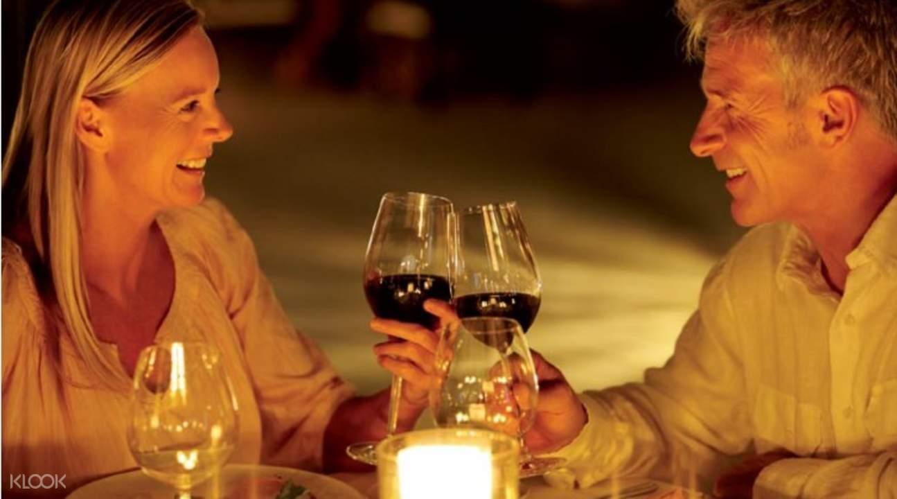 romantic seine dinner cruise