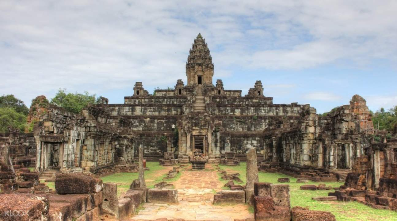 bakong temple roluos temples private day tour by tuk tuk siem reap
