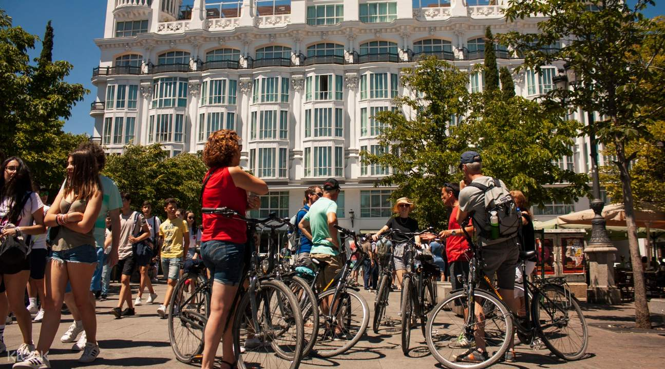 tourists and bicycles in madrid
